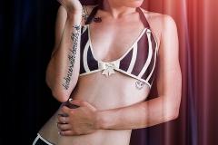 Rack Framboise / photo: Nilakantha / Underwear / 4